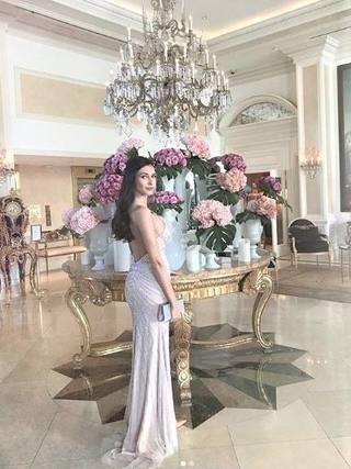 Наш модел с рокля на София Борисова на Оскарите